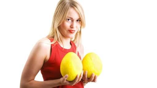 عملية تصغير الثدي .. كيفية إجراؤها والمخاطر الناتجة عنها